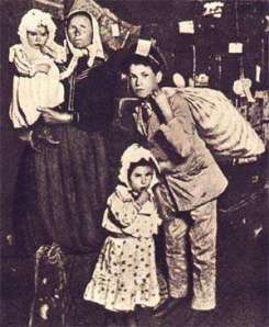 La foto più famosa dell'emigrazione italiana del secolo scorso