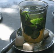 Foto di un bicchiere di te verde