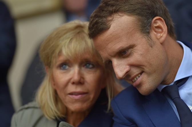 L'età della signora Macron