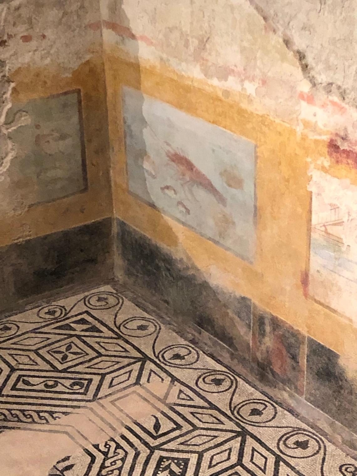 Aragosta pittura parietale delle domus romane di Brescia museo di Santa Giulia foto Galatea Vaglio